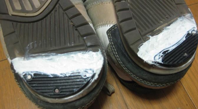 スニーカーの修理