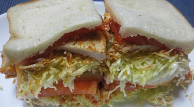 鶏ケチャップ炒めのサンドイッチ