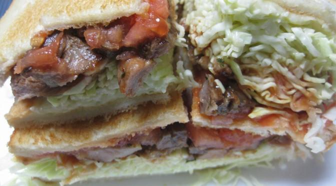パーティー豚のサンドイッチ