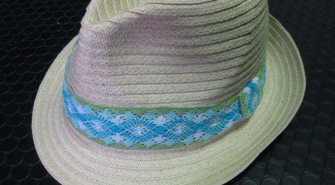 帽子のリボン交換