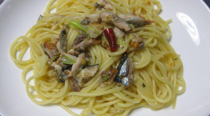 秋刀魚とネギのペペロンチーノ